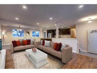 Main Photo: 1723 110 Avenue SW in Calgary: Braeside_Braesde Est House for sale : MLS®# C4017407