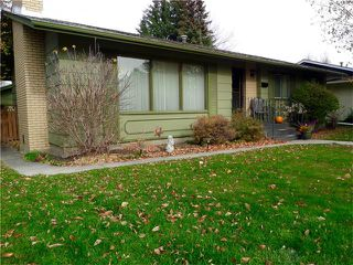 Photo 2: 1039 LAKE WAPTA Way SE in Calgary: Lake Bonavista House for sale : MLS®# C4037311
