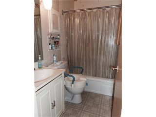 Photo 28: 1039 LAKE WAPTA Way SE in Calgary: Lake Bonavista House for sale : MLS®# C4037311