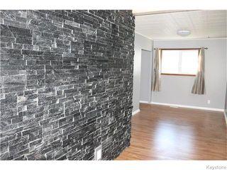 Photo 2: 22 Carnarvan Road in WINNIPEG: St James Residential for sale (West Winnipeg)  : MLS®# 1600661