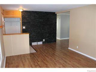 Photo 5: 22 Carnarvan Road in WINNIPEG: St James Residential for sale (West Winnipeg)  : MLS®# 1600661