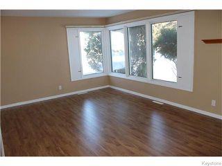 Photo 4: 22 Carnarvan Road in WINNIPEG: St James Residential for sale (West Winnipeg)  : MLS®# 1600661