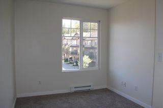 "Photo 9: 7 8814 216 Street in Langley: Walnut Grove Townhouse for sale in ""Redwoods Corner"" : MLS®# R2055444"