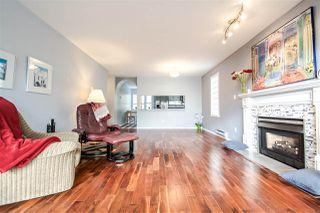 "Photo 5: 204 15035 THRIFT Avenue: White Rock Condo for sale in ""Grosvenor Court"" (South Surrey White Rock)  : MLS®# R2070999"