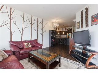 Photo 7: 403 662 Goldstream Avenue in VICTORIA: La Fairway Condo Apartment for sale (Langford)  : MLS®# 365737