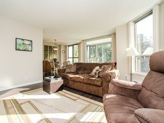 "Photo 4: 701 1265 BARCLAY Street in Vancouver: West End VW Condo for sale in ""1265 Barclay"" (Vancouver West)  : MLS®# R2089582"