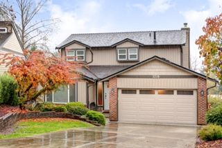 Main Photo: 1208 CYPRESS Place in Port Moody: Mountain Meadows House for sale : MLS®# R2120258