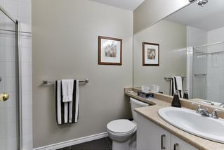 """Photo 14: 323 20655 88 Avenue in Langley: Walnut Grove Townhouse for sale in """"TWIN LAKES"""" : MLS®# R2144176"""