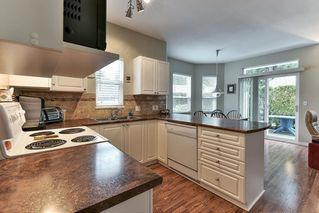 """Photo 9: 323 20655 88 Avenue in Langley: Walnut Grove Townhouse for sale in """"TWIN LAKES"""" : MLS®# R2144176"""