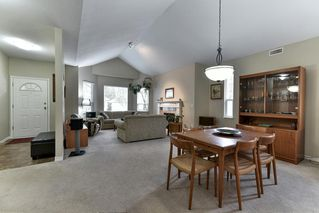 """Photo 6: 323 20655 88 Avenue in Langley: Walnut Grove Townhouse for sale in """"TWIN LAKES"""" : MLS®# R2144176"""
