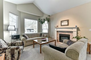 "Photo 3: 323 20655 88 Avenue in Langley: Walnut Grove Townhouse for sale in ""TWIN LAKES"" : MLS®# R2144176"