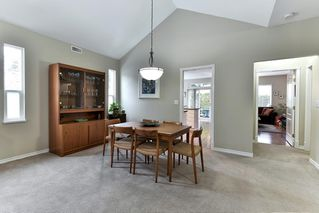 """Photo 5: 323 20655 88 Avenue in Langley: Walnut Grove Townhouse for sale in """"TWIN LAKES"""" : MLS®# R2144176"""