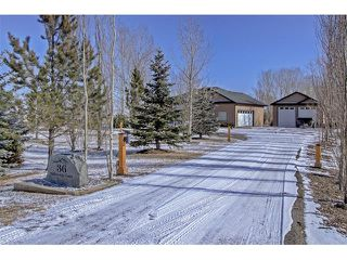 Photo 2: 36 Silvertip Gate: Rural Foothills M.D. House for sale : MLS®# C4102875