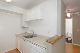 "Photo 9: 114 200 WESTHILL Place in Port Moody: College Park PM Condo for sale in ""WESTHILL PLACE"" : MLS®# R2145634"