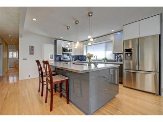 Photo 4: 5312 37 Street SW in Calgary: Lakeview House for sale : MLS®# C4107241