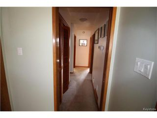 Photo 5: 582 Bruce Avenue in Winnipeg: Bruce Park Residential for sale (5F)  : MLS®# 1709669