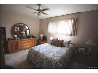 Photo 6: 582 Bruce Avenue in Winnipeg: Bruce Park Residential for sale (5F)  : MLS®# 1709669