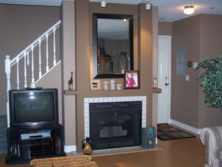 Photo 2: 10 19991 53A Ave in Langley: Home for sale : MLS®# F2914657