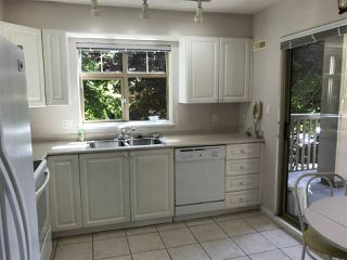 """Photo 5: 413 2059 CHESTERFIELD Avenue in North Vancouver: Central Lonsdale Condo for sale in """"Ridge Park Gardens"""" : MLS®# R2186291"""