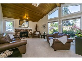 Photo 2: 3626 NICOLA Street in Abbotsford: Central Abbotsford House for sale : MLS®# R2186747
