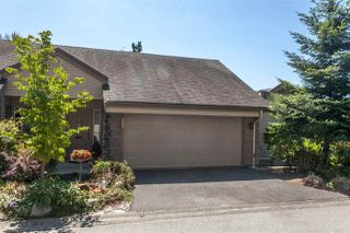 "Photo 3: 404 1215 LANSDOWNE Drive in Coquitlam: Upper Eagle Ridge Townhouse for sale in ""SUNRIDGE ESTATES"" : MLS®# R2193144"