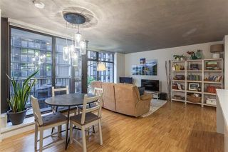 "Photo 5: 901 128 W CORDOVA Street in Vancouver: Downtown VW Condo for sale in ""WOODWARDS"" (Vancouver West)  : MLS®# R2202808"
