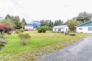"Photo 1: 6255 CHADSEY Road in Sardis - Greendale: Greendale Chilliwack House for sale in ""GREENDALE"" (Sardis)  : MLS®# R2207670"