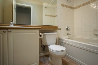 """Photo 15: 55 16655 64 Avenue in Surrey: Cloverdale BC Townhouse for sale in """"RIDGEWOOD"""" (Cloverdale)  : MLS®# R2217978"""