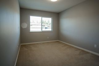 """Photo 11: 55 16655 64 Avenue in Surrey: Cloverdale BC Townhouse for sale in """"RIDGEWOOD"""" (Cloverdale)  : MLS®# R2217978"""