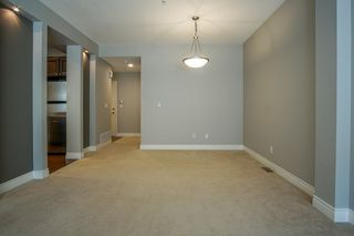 """Photo 4: 55 16655 64 Avenue in Surrey: Cloverdale BC Townhouse for sale in """"RIDGEWOOD"""" (Cloverdale)  : MLS®# R2217978"""