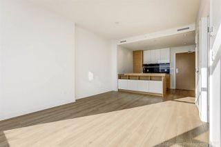 """Photo 5: 3008 4688 KINGSWAY in Burnaby: Metrotown Condo for sale in """"STATION SQUARE"""" (Burnaby South)  : MLS®# R2219207"""
