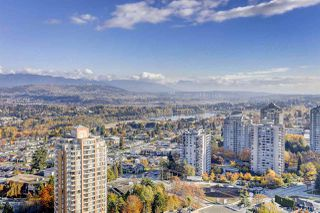 """Photo 11: 3008 4688 KINGSWAY in Burnaby: Metrotown Condo for sale in """"STATION SQUARE"""" (Burnaby South)  : MLS®# R2219207"""