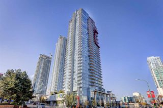 """Photo 1: 3008 4688 KINGSWAY in Burnaby: Metrotown Condo for sale in """"STATION SQUARE"""" (Burnaby South)  : MLS®# R2219207"""
