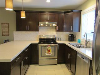 Photo 2: 9211 102 Avenue in Fort St. John: Fort St. John - City NE House 1/2 Duplex for sale (Fort St. John (Zone 60))  : MLS®# R2229819