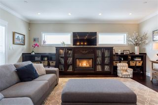 Photo 5: 1020 JAY Crescent in Squamish: Garibaldi Highlands House for sale : MLS®# R2229997