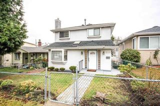 Photo 1: 5009 KILLARNEY Street in Vancouver: Collingwood VE House for sale (Vancouver East)  : MLS®# R2236774