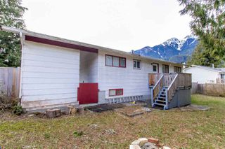 Photo 18: 1204 PARKWOOD Place in Squamish: Brackendale House for sale : MLS®# R2240418