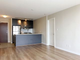 Photo 4: 302 6688 ARCOLA Street in Burnaby: Highgate Condo for sale (Burnaby South)  : MLS®# R2243177