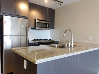 Photo 1: 302 6688 ARCOLA Street in Burnaby: Highgate Condo for sale (Burnaby South)  : MLS®# R2243177