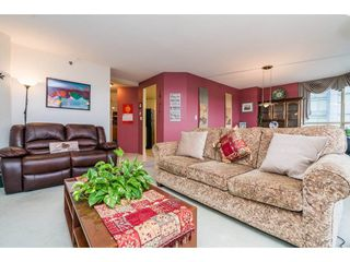 Photo 5: 1702 738 FARROW Street in Coquitlam: Coquitlam West Condo for sale : MLS®# R2250750