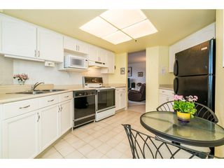 Photo 12: 1702 738 FARROW Street in Coquitlam: Coquitlam West Condo for sale : MLS®# R2250750