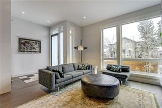 Photo 5: 2128 27 Avenue SW in Calgary: Richmond House for sale