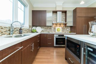 Photo 2: 3930 W 17TH Avenue in Vancouver: Dunbar House for sale (Vancouver West)  : MLS®# R2290911