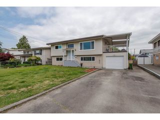 Photo 1: 9102 GARDEN Drive in Chilliwack: Chilliwack E Young-Yale House for sale : MLS®# R2297147