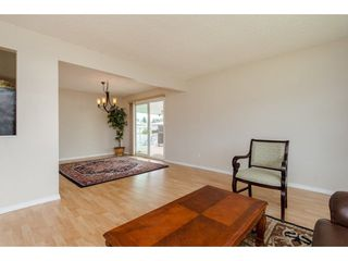 Photo 4: 9102 GARDEN Drive in Chilliwack: Chilliwack E Young-Yale House for sale : MLS®# R2297147