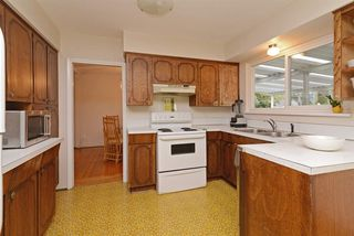 Photo 6: 1367 BARBERRY Drive in Port Coquitlam: Birchland Manor House for sale : MLS®# R2312150