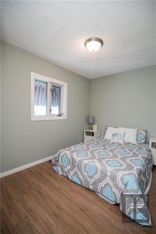 Photo 10: St Boniface Real Estate Listings with Winnipeg Realtors
