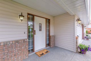 Photo 2: 1362 CHELSEA Avenue in Port Coquitlam: Oxford Heights House for sale : MLS®# R2321425