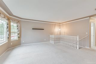 Photo 3: 1362 CHELSEA Avenue in Port Coquitlam: Oxford Heights House for sale : MLS®# R2321425