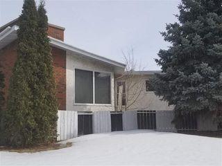 Main Photo: 3547 84 Street in Edmonton: Zone 29 House for sale : MLS®# E4136095